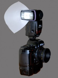 Picture of a camera with a flash and diffusor